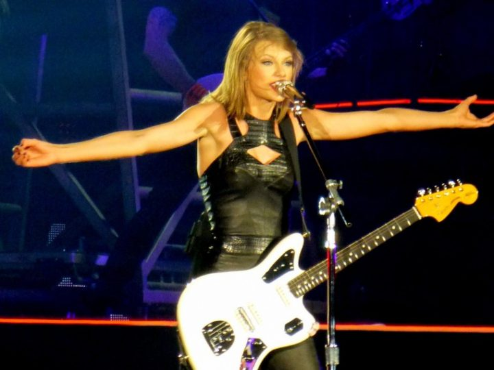 Jobs That Taylor Swift, Jay Z, and Other Celebrities Had Before They Got Famous