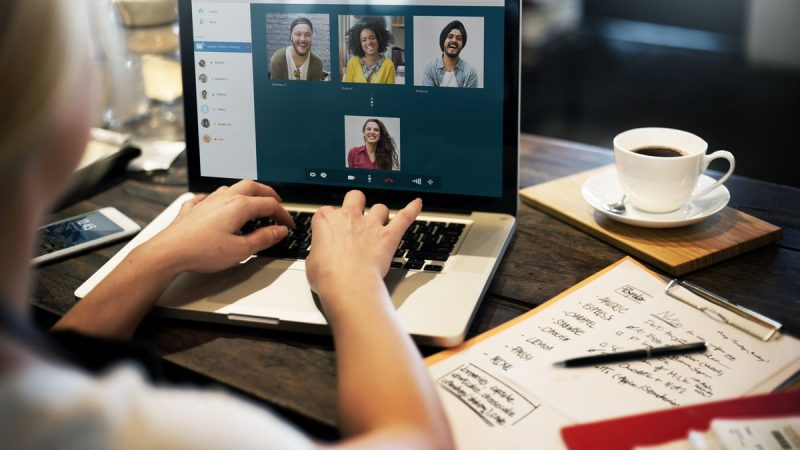 7 Tips on Managing a Remote Social Media Marketing Team